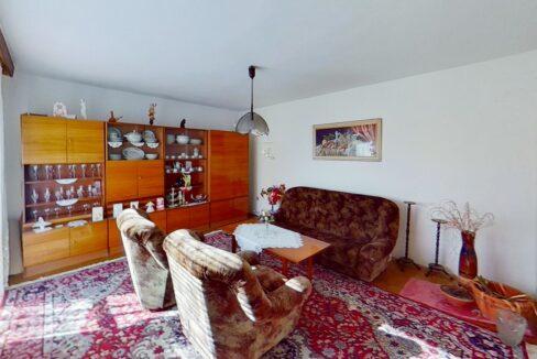 ZDUEj6UZnuM-Bedroom