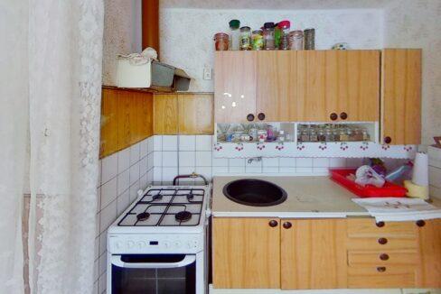 f7UR9pc2wMu-Kitchen