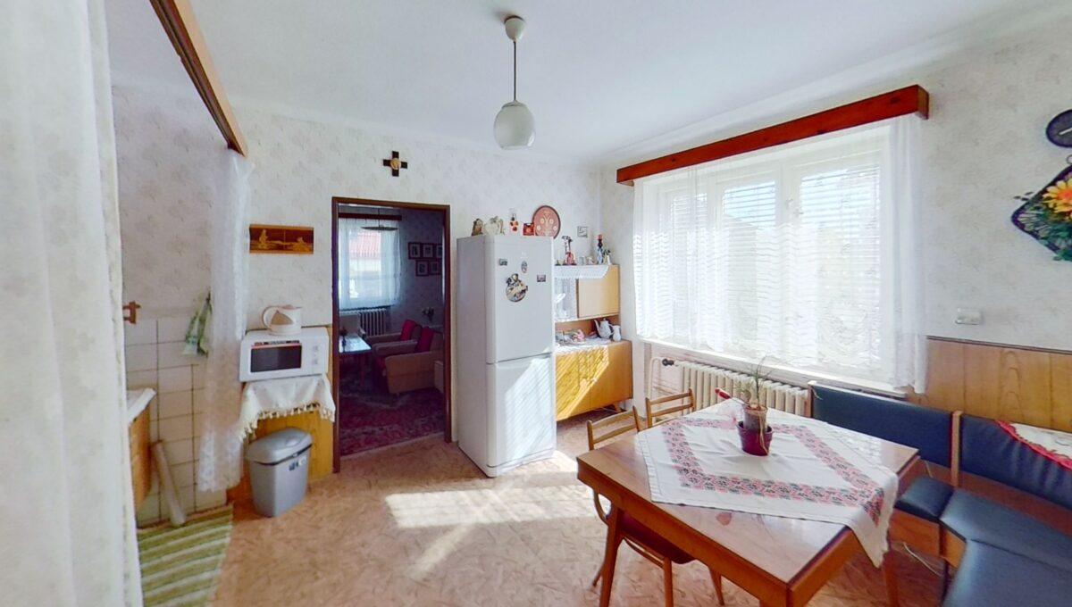 vuHCddvdjcu-Bedroom