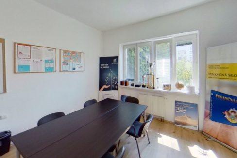Budova-Trencin-Hurbanova-ulSihot-Office (1)