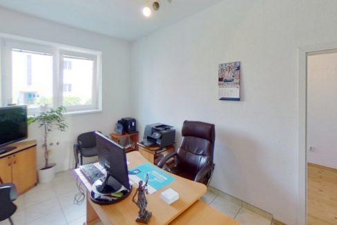 Budova-Trencin-Hurbanova-ulSihot-Office